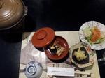 戸隠の某宿坊の夕食の一部.jpg